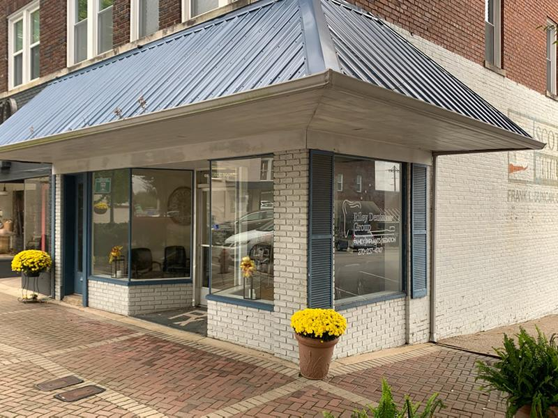 Riley Dental Group Scottsville Location Outside